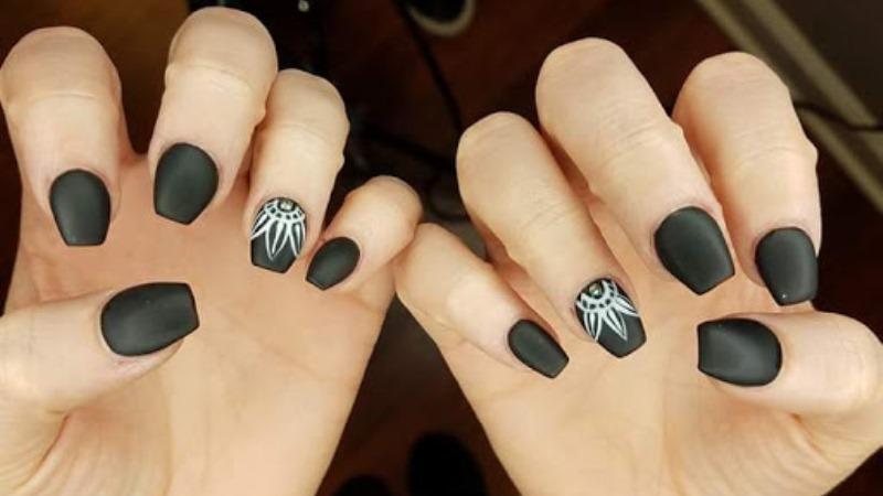 Dark Color Nails Art Fashion for Crazy Girls